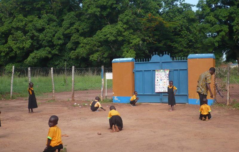 Scuola materna a Mupoi